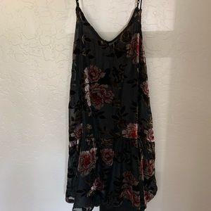 Dresses & Skirts - Dress (mini)